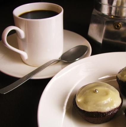 mini-muffin-choc-cake-morsels-with-coffee1